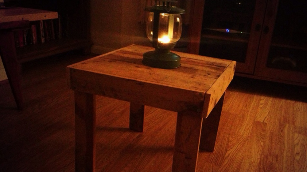 Side Pallet Table